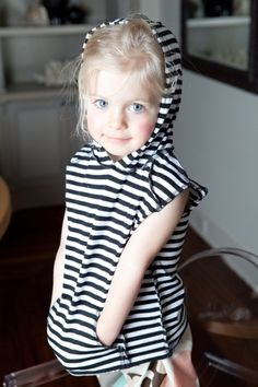 Redfish Kids Clothing Online Store - Sleeveless Hoodie Black and White