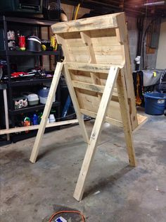 Backside of archery target backboard. That's a pallet & found lumber (& creativity from my sweetie!)