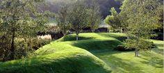 Turf mound in the Wrekin Garden in Shropshire, U.K. Designed Alan Gardener Design. Photo by John Glover.