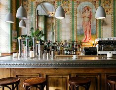 """Elaine Sciolino,""""36 Hours in Paris, Right Bank,"""" The New York Times (23 September 2015). Photo: The bar at Poulette, a Belle Époque brasserie, is the place for steak frites. Credit Alex Cretey-Systermans for The New York Times."""