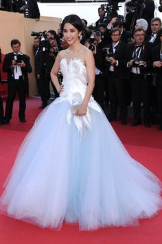 Li Bing Bing. Love this dress!