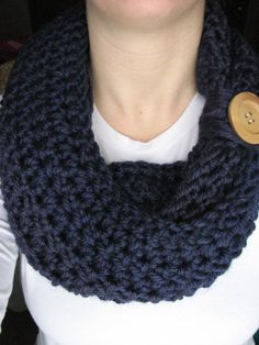 Navy Blue Crochet Infinity Button Scarf by ScarfGuru on Etsy, $20.00 I know I've pinned this before, but that's cause I LOVE IT. think it's so pretty & love the color ❤️