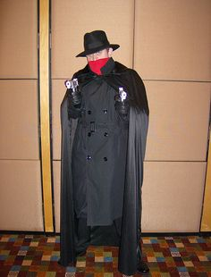 The Shadow, cosplay. Cool Costumes, Cosplay Costumes, Cosplay Ideas, Best Cosplay, Awesome Cosplay, Moon Knight, Cosplay Characters, Rosie The Riveter, Homemade Costumes