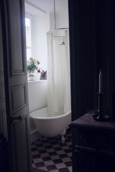 Pied-à-Terre, 6th Arrondissement | My Small Hours Paris Images, Paris Apartments, Clawfoot Bathtub, Sweet Home, Powder Rooms, Flooring, Interior Design, Baths, Bathrooms