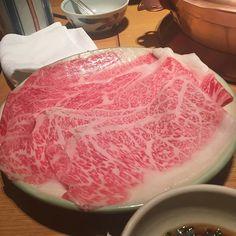 おはようございます(*´꒳`*) #sake #instasake #japanesesake #tokyo #japan  #kanpai #asia #酒 #地酒 #東京 #日本  #日本酒 #肉 #とろける #しゃぶしゃぶ