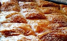 Λαχταριστή μανιταρόπιτα Apple Pie, French Toast, Food And Drink, Pizza, Bread, Cooking, Breakfast, Desserts, Recipes