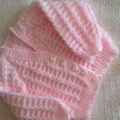 I have knitted this so many times now, it looks so nice for a boy or girl in so many colours. This gorgeous baby pink looked lovely on. I knitted extra length on the body and arms as requested by mum. Baby Cardigan Knitting Pattern Free, Knitting Patterns Boys, Baby Patterns, Free Knitting, Crochet Patterns, Knit Baby Sweaters, Knitted Baby, Baby Coat, Knit Crochet