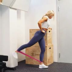 Intense Agility Ladder Drill HIIT Workout : This intense 10 min agility ladder HIIT training is a huge calorie burn workout especially if you repeat this 3 times. Fitness Workouts, Fitness Workout For Women, Body Fitness, Workout Exercises, Band Workouts, Band Exercises, Cardio Workouts, At Home Workout Plan, At Home Workouts