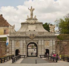 "Cetatea ""Alba Carolina"" Poarta III Travel Around The World, Around The Worlds, Visit Romania, Gate House, Wild Nature, Scenery, Louvre, Europe, Explore"