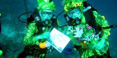 Underwater weddong ceremony in Indonesia!