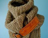 Herringbone chunky scarf with leather buckle