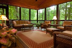 Best Screened in Porch Patio & Deck Enclosures Ideas & Pictures - Model Home Interior Design Screened Porch Decorating, Screened Porch Designs, Screened In Porch, Screened Porch Furniture, Back Porch Designs, Outdoor Rooms, Outdoor Living, Outdoor Decor, Outdoor Ideas