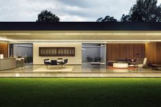 House 02, Hyde Park / Daffonchio & Associates Architects, South Africa