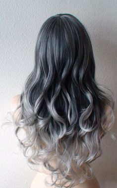 And then there's this colour... And I fall in love with the idea of silver dreads.