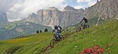 Downhill Val di Fassa mtb slopes tracks Belvedere and Buffaure. Fassa bike park Canazei Pozza di Fassa