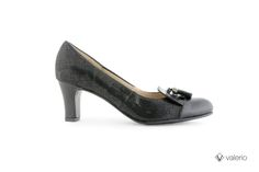 001-141 Gamuza Luis Vuitton negro, lexus negro, charol negro. Taco 5 1/2 columna.  #valerio #calzado #zapatos #moda #Clásico #invierno #2014 #shoes #outfit #woman #fashion #winter #fall #autumn