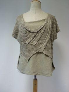 Sale, new price 50 EUR, original price 64 EUR. Natural linen top, L size…