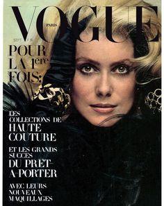 Vintage Vogue Paris cover with Catherine Deneuve by Jean Loup Sieff in 1970 Guy Bourdin, Vogue Magazine Covers, Fashion Magazine Cover, Fashion Cover, Catherine Deneuve, Vogue Vintage, Vintage Vogue Covers, Vogue Paris, David Bailey
