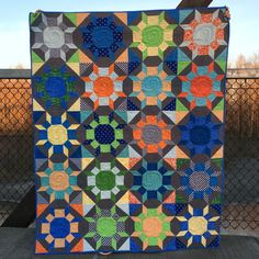 Laurel and Pine Shimmer 3 Bright Quilts, How To Finish A Quilt, Infatuation, Quilt Top, Needle And Thread, Fabric Crafts, Poppies, Embroidery, Blanket