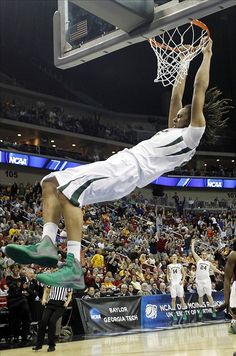 shes def not a girl Baylor Basketball, Love And Basketball, Basketball Players, Brittney Griner, Play Volleyball, Def Not, Go Red, Wnba, Perfect World