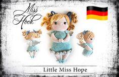 Patrón de ganchillo little Miss esperanza Ángel por misshookcrochet