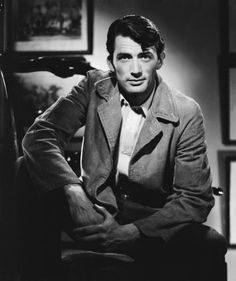 Gregory Peck ~ Photographer Ernest Bachrach Gregory Peck, Hollywood Men, Golden Age Of Hollywood, Classic Hollywood, Hollywood Glamour, Hollywood Stars, Hollywood Wedding, Hollywood Cinema, Hollywood Icons