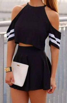 Black crop top skirt and white bag Cute Skirt Outfits, Really Cute Outfits, Cute Lazy Outfits, Trendy Summer Outfits, Crop Top Outfits, Pretty Outfits, Stylish Outfits, Outfit Summer, Girls Fashion Clothes