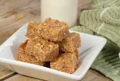 Natvia is a Stevia sweetener made from natural sweeteners and a healthy sugar substitute. Healthy Sugar, Good Healthy Snacks, Healthy Appetizers, Peanut Butter Energy Bars Recipe, Breakfast Food List, Breakfast Recipes, Gourmet Recipes, Healthy Recipes, Simple Recipes