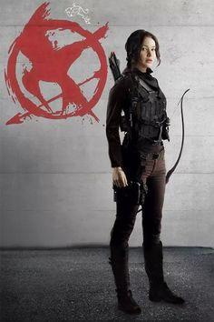 Katniss Everdeen // The Hunger Games The Hunger Games, Hunger Games Fandom, Hunger Games Catching Fire, Hunger Games Trilogy, Hunger Games Outfits, Katniss Everdeen, Jennifer Lawrence, Tribute Von Panem Film, I Volunteer As Tribute