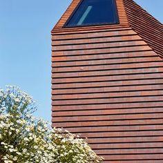 Reiulf Ramstad Arkitekter (@reiulframstadarkitekter) • Instagram-bilder og -videoer Brick, Garage Doors, Outdoor Decor, Home Decor, Decoration Home, Room Decor, Bricks, Home Interior Design, Carriage Doors