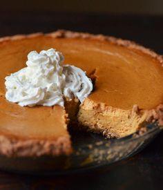 Ginger pumpkin pie with graham cracker crust
