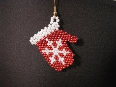 Smiling Snowman Earrings (Brick Stitch) - YouTube
