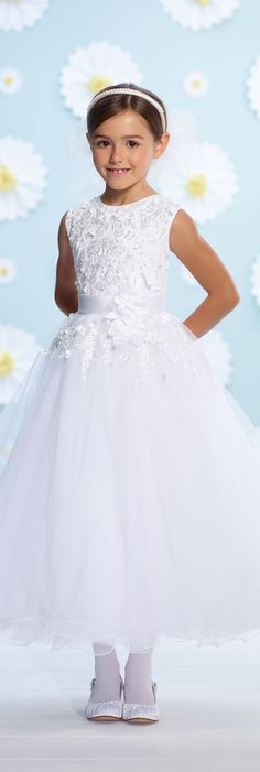 First Communion Dresses by Joan Calabrese - Spring 2016 -Style No. 116364 #firstcommuniondresses Más