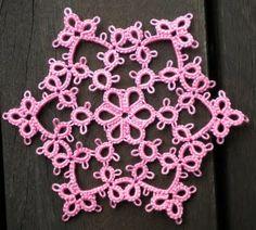 Tat-a-Renda: Featherline Snowflake