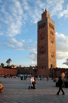 Koutoubia Mosque, Marrakech's town plaza. (Djemaa el Fna)  MOROCCO.