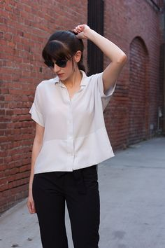 Everlane Silk Shirt, Minimal Style Blogger, Black and White outfit