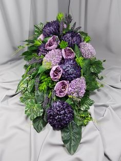 Funeral Flower Arrangements, Funeral Flowers, Floral Arrangements, Fall Flowers, Ikebana, Flower Designs, Floral Design, Floral Wreath, Wreaths