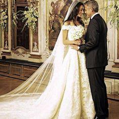 Qual o vestido de noiva ideal para o teu signo? Venha ver!
