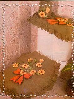 Revistas - juegos de baño gratis Sewing Crafts, Sewing Projects, Toilet Accessories, Set Cover, Dollar Stores, Fabric Design, Diy And Crafts, Clip Art, Quilts