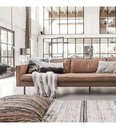 HK-living Sierkussen vloerkussen gerecycled bruin leer 80x80cm - wonenmetlef.nl