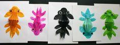 Petits poissons Japonais sur fond encre en lien avec le tableau poisson rouge et bocal