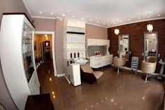 Small stylish haidressing salon #SalonIdeas