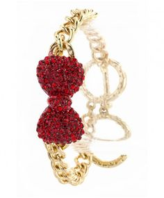 Bowtiful Chain Bracelet #bow #accessories #goldaccessories