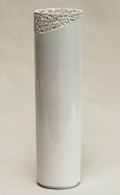 vase. Idea for pvc pipe, melting, somehow?  need to figure out how to make these for the wedding