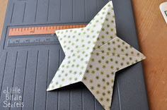 Little Birdie Secrets: {last minute christmas decorations} 3D paper star wreath tutorial