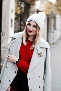 Look avec un manteau gris