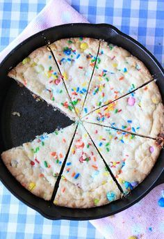 Skillet Sugar Cookie~ like they make in restaurants! Add some ice cream on top too!