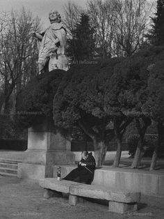 , Aged People, Doll, Knitting, Madrid, Spain, Park, Photograph, Woman