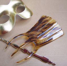 Vintage hair comb Art Deco Spanish comb faux by ElrondsEmporium $35