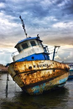 Trendy old boats abandoned ships Ideas Abandoned Ships, Abandoned Places, Worldwide Photography, Boat Art, Old Boats, Boat Painting, Shipwreck, Wooden Boats, Boat Building